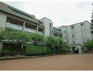 Photo 1: 406 2915 GLEN Drive in Coquitlam: North Coquitlam Condo for sale : MLS®# V765106