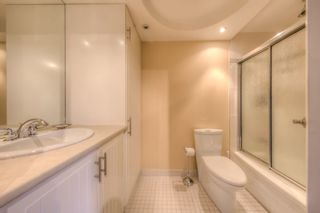"Photo 12: 408 2920 ASH Street in Vancouver: Fairview VW Condo for sale in ""Ash Court"" (Vancouver West)  : MLS®# R2211312"