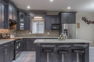 Photo 1: 3108 ENGINEER Court in Abbotsford: Aberdeen House for sale : MLS®# R2251548