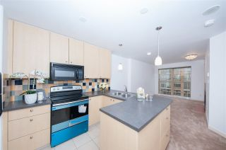 Photo 3: 1009 819 HAMILTON Street in Vancouver: Downtown VW Condo for sale (Vancouver West)  : MLS®# R2541998