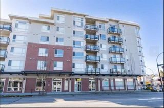 """Photo 1: 308 22318 LOUGHEED Highway in Maple Ridge: West Central Condo for sale in """"223 NORTH"""" : MLS®# R2447386"""
