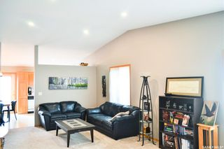Photo 2: 109 306 La Ronge Road in Saskatoon: Lawson Heights Residential for sale : MLS®# SK845125
