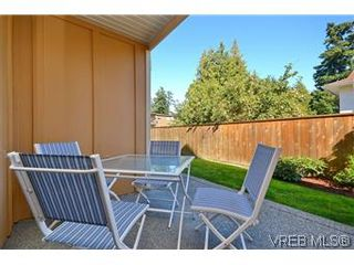 Photo 14: 3211 Ernhill Pl in VICTORIA: La Walfred Row/Townhouse for sale (Langford)  : MLS®# 590123