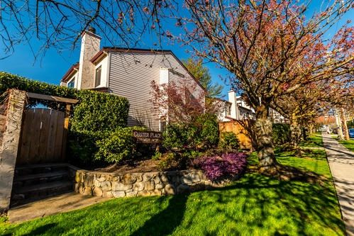 """Main Photo: 21 230 W 14TH Street in North Vancouver: Central Lonsdale Townhouse for sale in """"CUSTER PLACE"""" : MLS®# R2159000"""