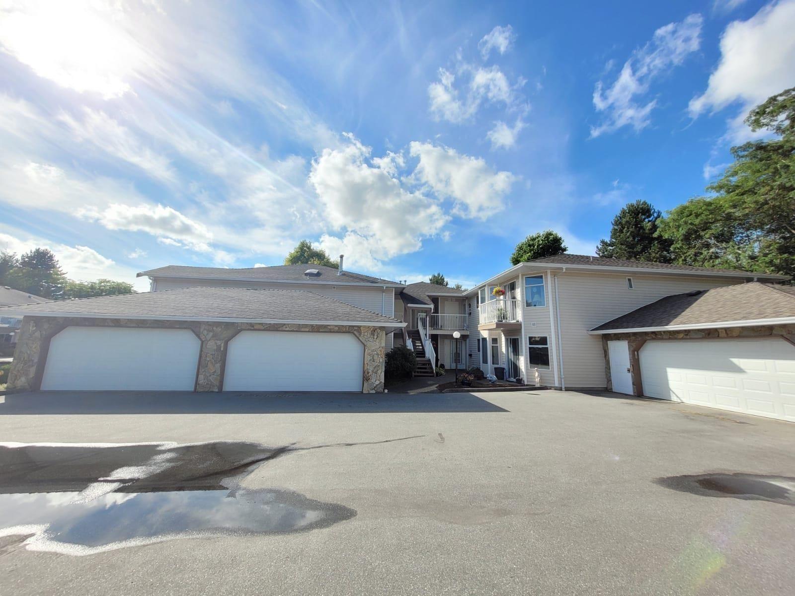 Main Photo: 212 6875 121 Street in Surrey: West Newton Condo for sale : MLS®# R2617727