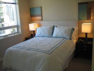 """Photo 7: 638 BEACH Crescent in Vancouver: False Creek North Condo for sale in """"ICON"""" (Vancouver West)  : MLS®# V618693"""