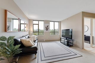 """Photo 1: 706 3520 CROWLEY Drive in Vancouver: Collingwood VE Condo for sale in """"Millenio"""" (Vancouver East)  : MLS®# R2617319"""