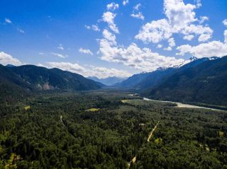 "Photo 16: 2211/31 DRUMMOND Road in Squamish: Upper Squamish House for sale in ""UPPER SQUAMISH"" : MLS®# R2190623"