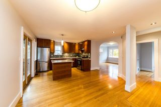 Photo 9: 2568 GRAVELEY Street in Vancouver: Renfrew VE House for sale (Vancouver East)  : MLS®# R2515197