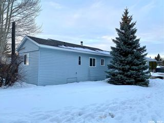 Photo 30: 513 Park Avenue in Outlook: Residential for sale : MLS®# SK845739