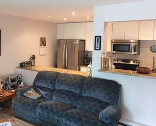 """Photo 8: 107 315 TENTH Street in New Westminster: Uptown NW Condo for sale in """"SPRINGBOK"""" : MLS®# R2170212"""