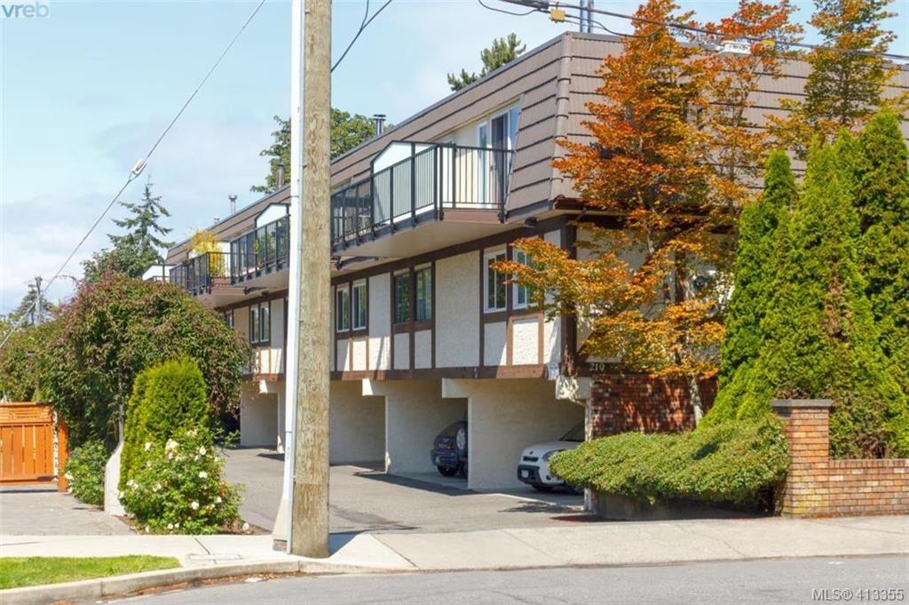 Main Photo: 4 210 Douglas St in VICTORIA: Vi James Bay Row/Townhouse for sale (Victoria)  : MLS®# 819742
