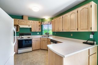 """Photo 9: 45 5550 LANGLEY Bypass in Langley: Langley City Townhouse for sale in """"RIVERWYNDE"""" : MLS®# R2598907"""