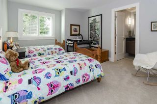 Photo 32: 4309 PATTERDALE Drive in North Vancouver: Canyon Heights NV House for sale : MLS®# R2543547