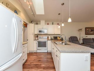 Photo 10: 110 2077 St Andrews Way in COURTENAY: CV Courtenay East Row/Townhouse for sale (Comox Valley)  : MLS®# 825107