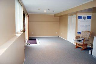 "Photo 11: 16776 85TH Avenue in Surrey: Fleetwood Tynehead House for sale in ""Cedar Grove"" : MLS®# F1102551"