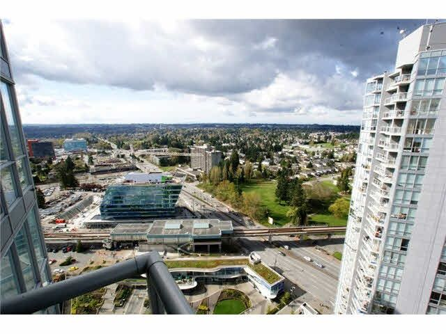 "Main Photo: 3302 13688 100 Avenue in Surrey: Whalley Condo for sale in ""Park Place 1"" (North Surrey)  : MLS®# R2021332"