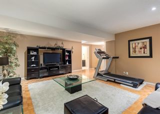 Photo 27: 425 Woodland Crescent SE in Calgary: Willow Park Detached for sale : MLS®# A1149903