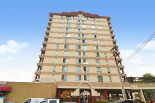 """Photo 1: 502 11980 222 Street in Maple Ridge: West Central Condo for sale in """"GORDON TOWERS"""" : MLS®# R2610126"""