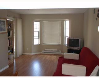 """Photo 2: 303 525 AGNES Street in New_Westminster: Downtown NW Condo for sale in """"AGNES TERRACE"""" (New Westminster)  : MLS®# V767218"""