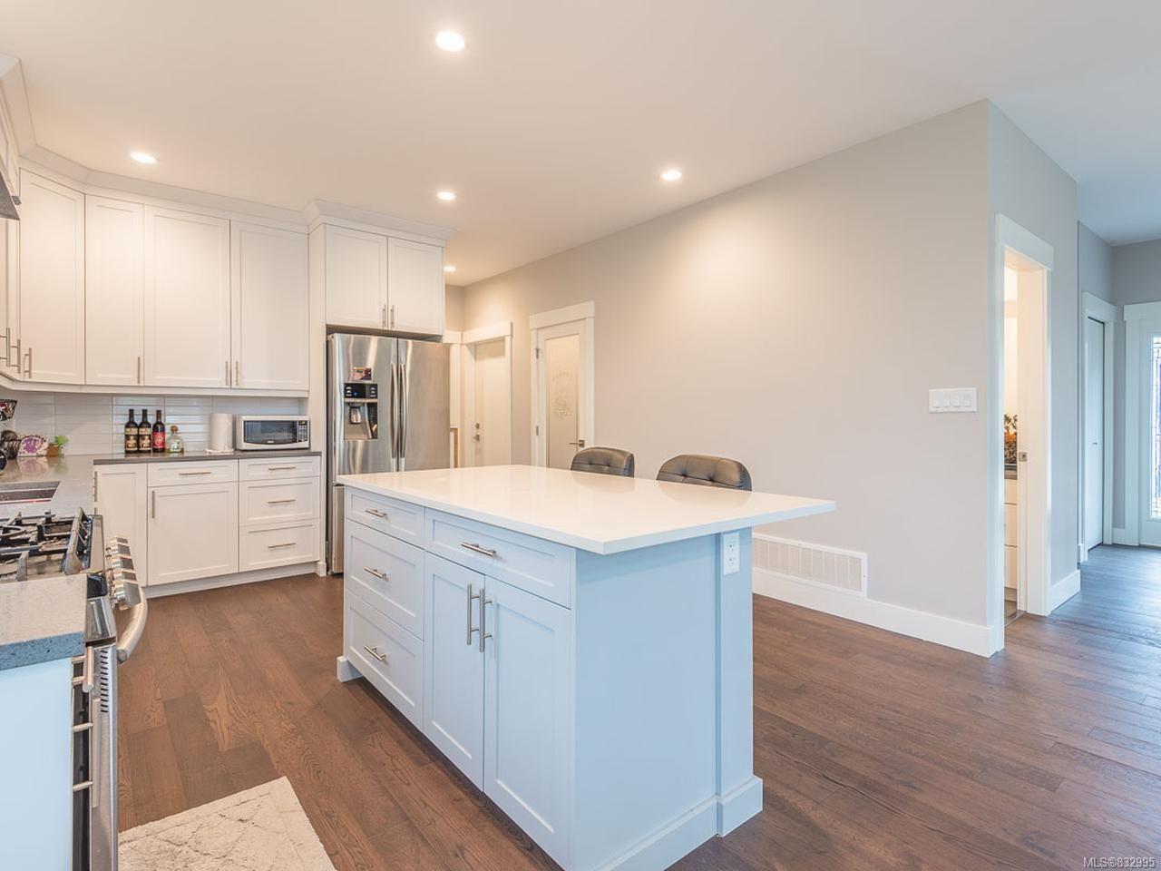 Photo 6: Photos: 5896 Linyard Rd in NANAIMO: Na North Nanaimo House for sale (Nanaimo)  : MLS®# 832995
