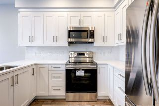 """Photo 4: 63 7500 CUMBERLAND Street in Burnaby: The Crest Townhouse for sale in """"Wildflower"""" (Burnaby East)  : MLS®# R2372290"""