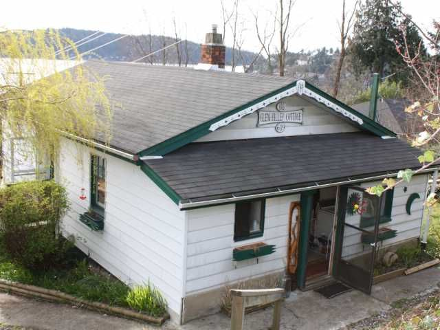FEATURED LISTING: 609 GLEN Road Gibsons