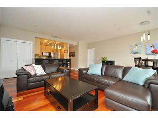 Photo 4: 407 830 CENTRE Avenue NE in Calgary: Bridgeland/Riverside Condo for sale : MLS®# C4091993