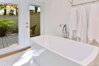 Photo 19: 1010 Donwood Dr in Saanich: SE Broadmead House for sale (Saanich East)  : MLS®# 840911