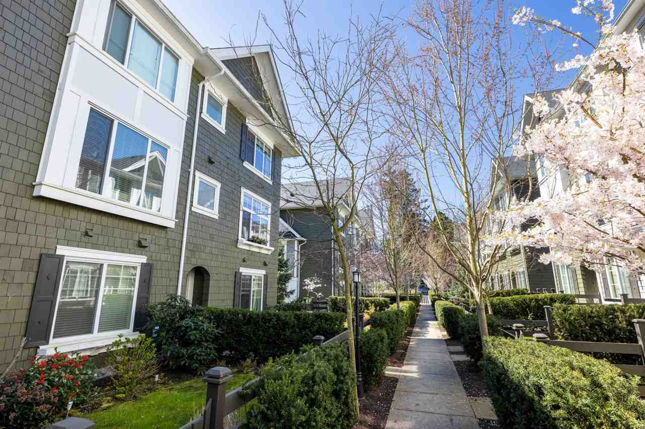 """Main Photo: 59 288 171 Street in Surrey: Pacific Douglas Townhouse for sale in """"The Crossing"""" (South Surrey White Rock)  : MLS®# R2567474"""