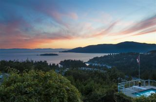 Photo 5: 4791 WESTWOOD Place in West Vancouver: Cypress Park Estates House for sale : MLS®# R2582506