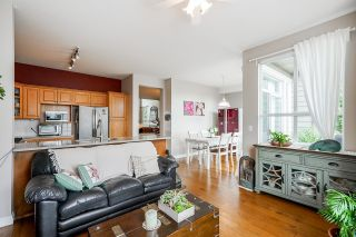"""Photo 15: 326 1465 PARKWAY Boulevard in Coquitlam: Westwood Plateau Townhouse for sale in """"SILVER OAK"""" : MLS®# R2607899"""