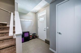 Photo 5: 262 NEW BRIGHTON Walk SE in Calgary: New Brighton Row/Townhouse for sale : MLS®# C4306166