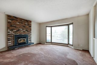 Photo 4: 17 FENTON Road SE in Calgary: Fairview Detached for sale : MLS®# A1034923