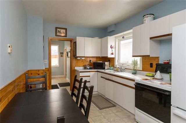 Photo 4: Photos: 71 Robson Street in Winnipeg: Mission Gardens Residential for sale (3K)  : MLS®# 1830589