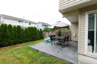"Photo 18: 1 5635 LADNER TRUNK Road in Delta: Hawthorne Townhouse for sale in ""Hawthorne"" (Ladner)  : MLS®# R2106252"
