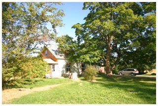 Photo 3: 4820 Northeast 30 Street in Salmon Arm: North Broadview House for sale (NE Salmon Arm)  : MLS®# 10143037