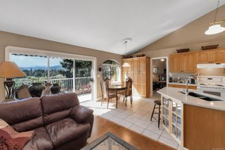 Photo 13: 1115 Evergreen Ave in : CV Courtenay East House for sale (Comox Valley)  : MLS®# 885875