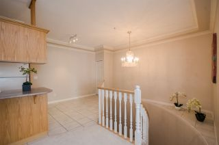 """Photo 4: 111 3176 PLATEAU Boulevard in Coquitlam: Westwood Plateau Condo for sale in """"THE TUSCANY"""" : MLS®# R2187707"""