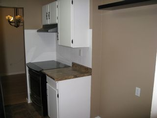 "Photo 3: 205 8820 NO 1 Road in Richmond: Boyd Park Condo for sale in ""APPLE GREEN PARK"" : MLS®# V853505"