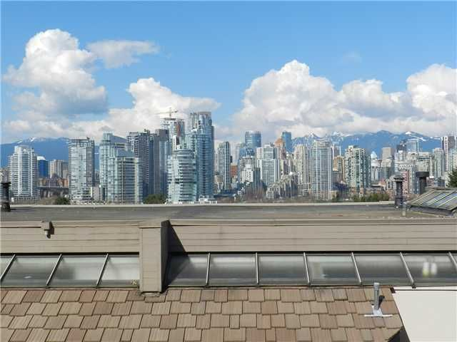 Main Photo: 109 995 W 7TH Avenue in Vancouver: Fairview VW Condo for sale (Vancouver West)  : MLS®# V998495