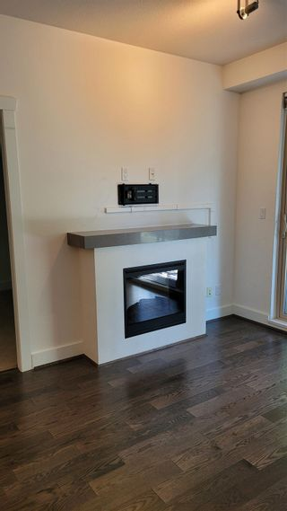 """Photo 4: 211 7478 BYRNEPARK Walk in Burnaby: South Slope Condo for sale in """"GREEN-WINTER"""" (Burnaby South)  : MLS®# R2601787"""