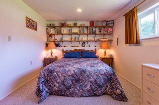 Photo 33: 2026 Hummingbird Pl in : CV Comox (Town of) House for sale (Comox Valley)  : MLS®# 858108