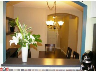 """Photo 6: 108 20125 55A Avenue in Langley: Langley City Condo for sale in """"BLACKBERRY LANE 2"""" : MLS®# F1200974"""