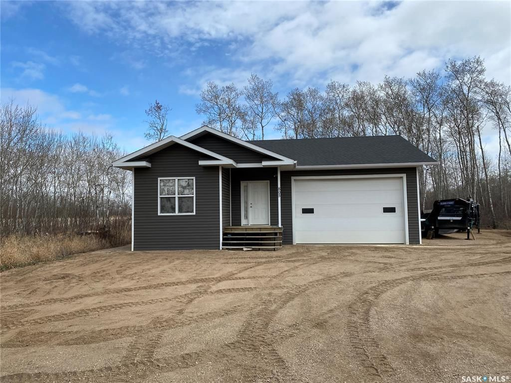 Main Photo: 805 Potter Place in Good Spirit Lake: Residential for sale : MLS®# SK854961