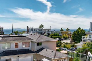 """Photo 33: 15580 COLUMBIA Avenue: White Rock House for sale in """"White Rock"""" (South Surrey White Rock)  : MLS®# R2599459"""