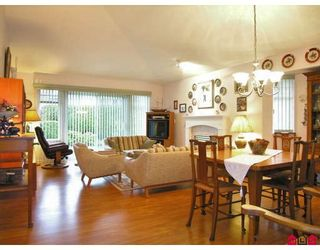 """Photo 6: 95 9208 208TH Street in Langley: Walnut Grove Townhouse for sale in """"Churchill Park"""" : MLS®# F2728565"""