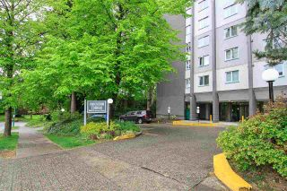 "Photo 2: 2005 9541 ERICKSON Drive in Burnaby: Sullivan Heights Condo for sale in ""ERICKSON TOWER"" (Burnaby North)  : MLS®# R2575702"