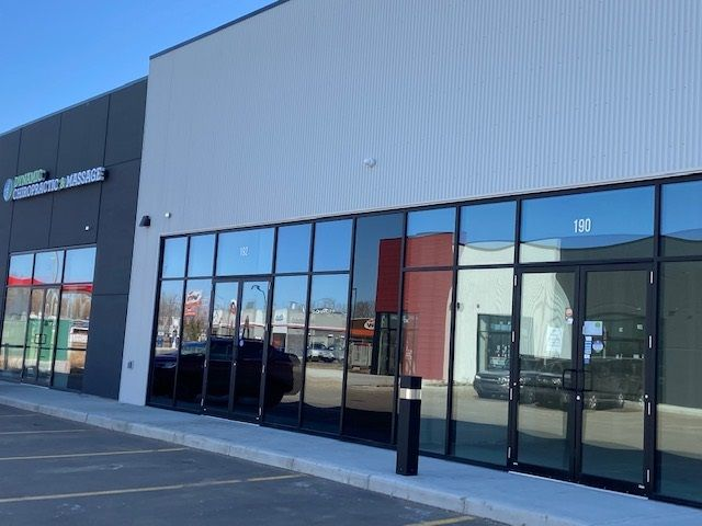 Main Photo: 190 Mistatim Road in Edmonton: Zone 40 Retail for lease : MLS®# E4233099