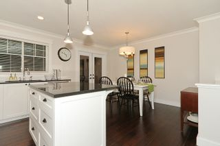"""Photo 19: 250 54A Street in Tsawwassen: Pebble Hill House for sale in """"PEBBLE HILL"""" : MLS®# V873477"""